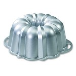 50012 Nordic Ware - Bundt Anniversary Pan, 15 cup, commercial. The Nordicware Class