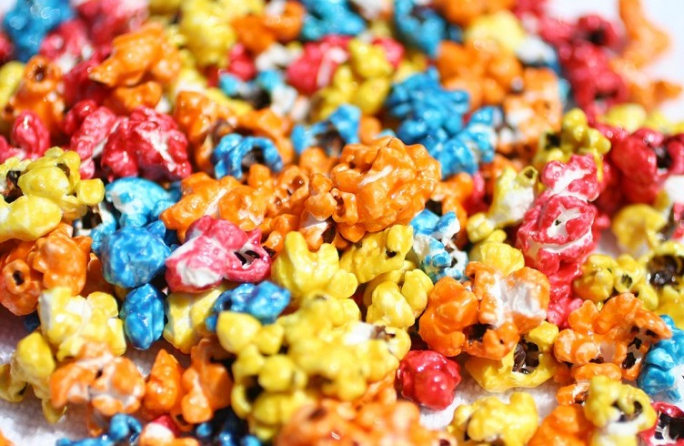 Restaurant booths - Make It Pop Increase Your Sales With Colored Popcorn