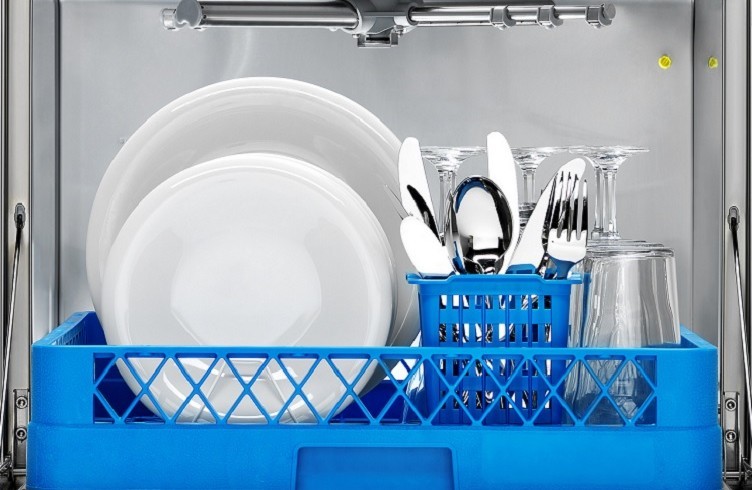 Commercial Dishwasher Buying Guide